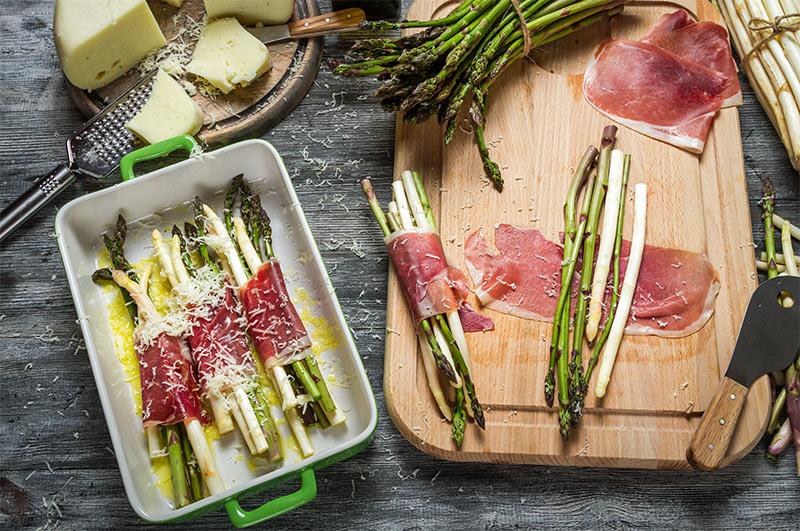 Involtini di prosciutto Parma DOP Faleria e asparagi